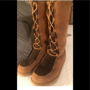 UGGs Whitley two•Tone Tall lace up Boots SZ 11 EUC